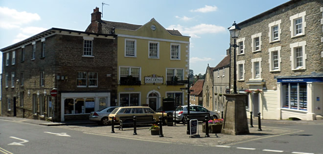 Wincanton Market Place, with the Post Office in the background